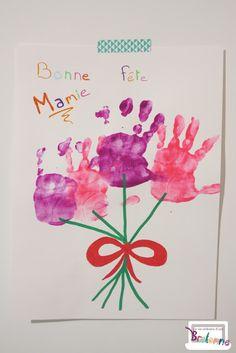 La vie ordinaire d'une bretonne: [ACTIVITÉ] BOUQUET DE FLEURS AVEC LES EMPREINTES DE MAINS (Spéciale Fête des mamies) Crafty Kids, Diy For Kids, Bouquet, Teacher Gifts, Happy Birthday, Create, Grands Parents, Dune, Club