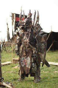 """Ork Shieldman ConQuest of Mythodea also…sup /cgl/ I know it's """"orcish"""" but it looks very tribal and Post apocalyptic. Fantasy Inspiration, Character Inspiration, Character Design, Fantasy Armor, Medieval Fantasy, Medieval Knight, Dark Fantasy, Conquest Of Mythodea, Armadura Cosplay"""