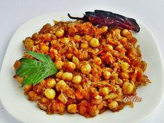 В кулинарния свят на tillia: Нахут с кисело зеле , запечени на фурна