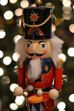 The Nutcracker. My favorite ballet. Christmas Tale, Christmas Child, Nutcracker Christmas, Very Merry Christmas, Christmas Music, All Things Christmas, Christmas Diy, Xmas, Jesus Birthday