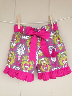 Girls ruffle shorts with belt by ThisNThatByNicolette