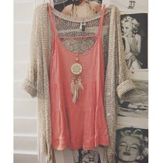 Summer Outfit - Coral Tank - Knit Cardigan - Long Gold Dream Catcher Necklace