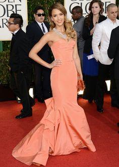 Golden Globes 2013 : Jessica Alba en Oscar de la Renta   ModeTrotterBlog.com