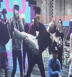 Chanyeol picking up Kyungsoo....and almost dropping him..lol be careful chanyeolssi! (Gif)