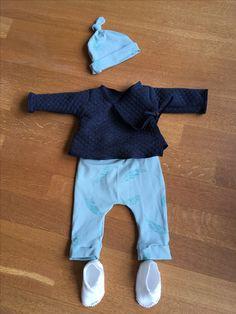 Ensemble naissance legging/sarouel et veste kimono, bonnet naissance et chaussons