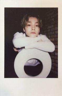 Cure polaroid of Hansol (Vernon) Woozi, Jeonghan, Wonwoo, Going Seventeen, Vernon Seventeen, Vernon Chwe, Choi Hansol, Vernon Hansol, Seventeen Wallpapers