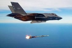 Nice new shot of a firing an courtesy of USAF. Military Jets, Military Weapons, Military Aircraft, Air Fighter, Fighter Jets, War Jet, Fixed Wing Aircraft, Jet Air, Stealth Bomber