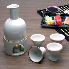 <3 this sake set comes with warmer! <3
