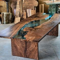 47 Amazing home furniture ideas with incredible resin wood table - Table - Pinit Life Style Resin Furniture, Wood Pallet Furniture, Woodworking Furniture, Furniture Plans, Table Furniture, Woodworking Projects, Woodworking Forum, Woodworking Apron, Youtube Woodworking