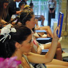 Stasera comincia la finale di Miss Arte Moda Italia dove parteciperò come partner! Stasera le ragazze indosseranno i miei fiori fatti a mano in seta pura... #ragazza #livorno #toscana #tuscany #moda #ragazza #concorso #miss #fashion #womenfashion #instaitalia #instaitaly #italyiloveyou #girl #love #instalike #madeinitaly #arte #artigianato #artigian #cappello #hat #style