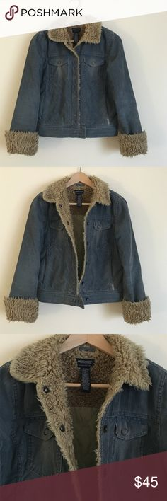 "American Eagle Outfitters S blue courderoy jacket Casual, fun, and warm American Eagle Outfitters blue courderoy Jean style jacket in a size small.  Dimensions taken while jacket is laying flat and fully snapped chat: 16"" across shoulders, 36"" bust, 34"" waist and hips, 19"" jacket length, and 25"" sleeve length. American Eagle Outfitters Jackets & Coats Jean Jackets"