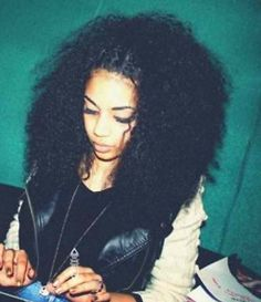 Curly hair, mixed girls, curly hairstyles.