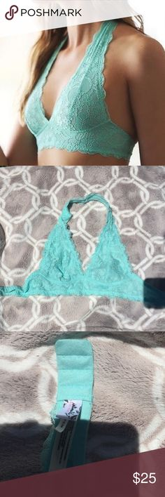 Free People Intimately Galloon Lace HalterBralette mint green lace halter bralette from free people, excellent condition! Free People Intimates & Sleepwear Bras