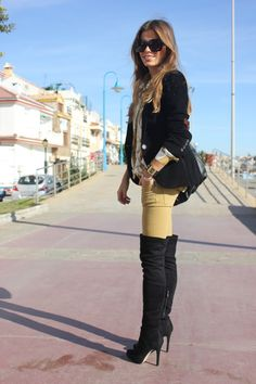 Yellow and black outfit with black boots