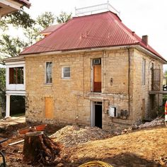 Solid as a rock. #tenthstreetproject #austinarchitecture #austinarchitect #circa1876 #readyforaddition @risingerbuild by hughjeffersonrandolpharchitect