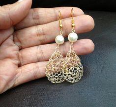 Wire crochet earrings Gold drop earrings. Pearl
