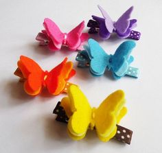 Hair Clips - Butterfly Felt Hair Clip set of 5 Butterfly Clip by CarolClips, Hair Ribbons, Diy Hair Bows, Ribbon Bows, Ribbon Crafts, Felt Crafts, Felt Diy, Felt Flowers, Fabric Flowers, Butterfly Felt