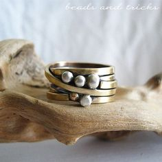 Anello a fascia in ottone similoro con pepite d'argento 925 Beads and tricks