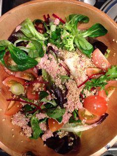 Tuna salad with quinoa and chiaseeds