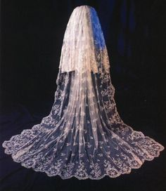 Jewish face veil - traditional