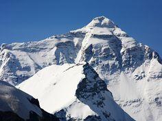Everest Qomolangma 8848 Meter