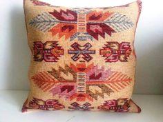 Turkish Kilim Pillow - Vintage Pillow Cover - Decorative Pillow -16 X 16