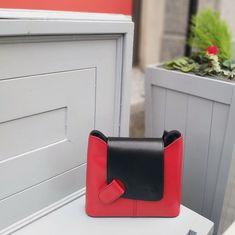 Leather shoulder bag with fold over flap closure, red Calf Leather, Leather Shoulder Bag, Leather Bag, My Bags, Handbag Accessories, Fancy, Closure, Belt, Handbags