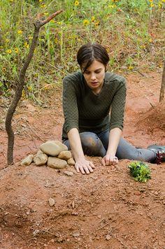The Walking Dead Season 7 Episode 5 'Go Getters' Maggie