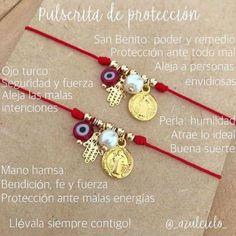String and Charm Bracelet Lanyard Bracelet, Bracelet Love, Bracelet Knots, Bracelet Crafts, Bracelet Making, Jewelry Crafts, Jewelry Bracelets, Jewelry Making, Ankle Bracelets