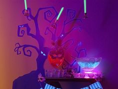 Black Light Spooky Paper Halloween Tree Backdrop    Cool way to decorate home. Freehand or trace :) paper crafts.