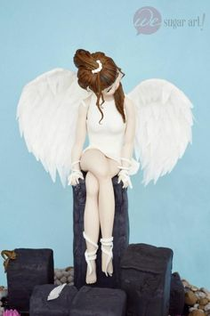 Sugar Myths and Fantasies Global Edition - Cake by W. Beautiful Cakes, Amazing Cakes, Rugby Cake, Monster Cakes, Religious Cakes, Girly Cakes, Angel Cake, Gum Paste Flowers, Fondant Figures
