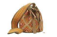 bolsos bordados con canutillos y mostacillas - Buscar con Google