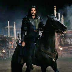 Turkish Men, Turkish Actors, Middle Eastern Men, Burak Ozcivit, Beautiful Men Faces, Medieval Armor, Great Leaders, Ottoman Empire, Pretty Horses