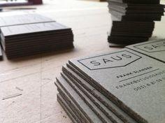 Креативные визитки / Креативные визитки - показатель нестандартного подхода к бизнесу. Визитка, которая не просто сообщает контактные данные, но и служит красивым предметом интерьера, украшением, игрушкой, да и просто полезным в быту инструментом - показатель творческого подхода к бизнесу.