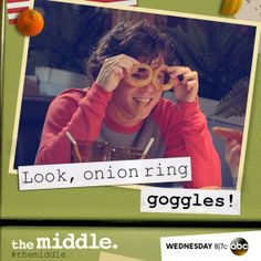 Axl Heck, Wish I had known Axl in college! The Middle Series, The Middle Tv Show, Stuck In The Middle, Abc Tv Shows, Tv Shows Funny, Movies And Tv Shows, Charlie Mcdermott, Young & Hungry, Character Profile