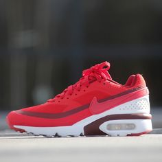 Nike Air Max BW UltraUniversity Red (819475-616) https://www.kicks-crew.com/detail/12696/Nike-Air-Max-BW-Ultra/University-Red/819475-616/