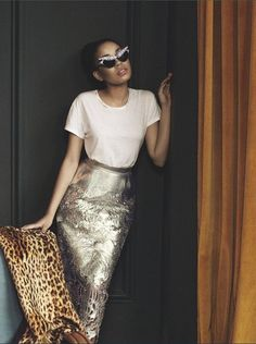 A Horse of a Different Color AKA A Style All My Own / leopard and sequins / Silver Metallic Skirt Outfit Love Fashion, High Fashion, Fashion Beauty, Womens Fashion, Fashion Pants, Fashion Shoes, Fashion Trends, Mode Style, Style Me