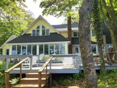 classic lake michigan cottage w private beach great fall