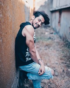 Check out the List of Top Indian Tik Tok Stars 2019 Musically users may not be as popular as big celebrities but their are getting popular by their acting Dear Crush, My Crush, Girl Attitude, Attitude Quotes, Boys Dpz, Handsome Boys, Tik Tok, Musically Star, My Hero