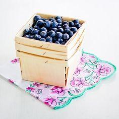 Wooden Berry Basket: Natural