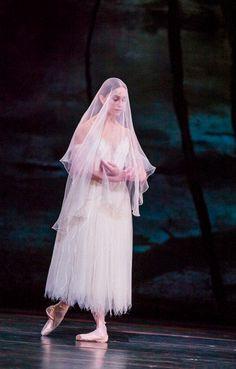 Marianela Nuñez as Giselle in Act 2 of the Royal Ballet's Giselle. Photographer: Tristam Kenton
