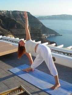 Santorini Lilium Zen Wellness Wellness Spa, Health And Wellness, Wellness Programs, Santorini, Beach Mat, Zen, Outdoor Blanket, Life, Health Fitness