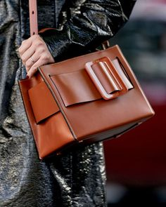 7 Style Tips That Will Make You More Confident in Your Career. Work  Wardrobe, Leather Shoulder Bag ... ef9618d33e