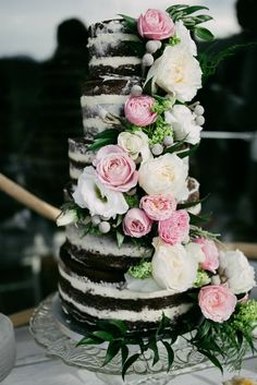 Naked Cake Chocolate Sponge Layer Flowers Wedding Beautiful Love You Till The End Spain Shoot http://saralobla.com/