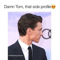 Tom Holland sorry for the curse word Marvel Memes, Marvel Funny, Marvel Comics, Baby Toms, Tom Holland Peter Parker, Tommy Boy, Men's Toms, Jawline, To My Future Husband
