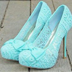 Beautiful mint lace bow high heel shoes
