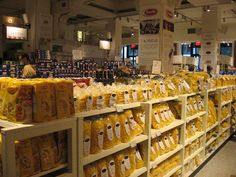 #Pasta, Pasta , Pasta!!!!!! #Eataly #New-York is open daily from 10am-11pm and is located at 200 #Fifth-Ave. New York, NY 10010 *  212-229-2560