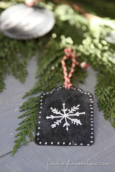 Snowflake-Chalkboard-Ornament