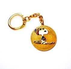 Vintage Gold Enamel Snoopy Dog Keychain / Fob