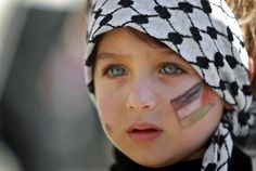 """fotojournalismus: """" A girl with the Palestinian flag painted on her face attends a rally supporting the Palestinian UN bid for observer state status, in the West bank city of Ramallah, Thursday, Nov. Palestine Girl, Coran Quotes, Where Is Your Heart, Dossier Photo, Fotojournalismus, Gaza Strip, Flag Painting, John Kerry, Islamic Pictures"""